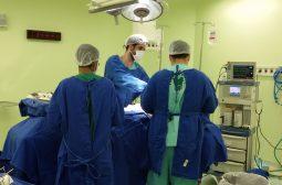 Novas técnicas cirúrgicas aceleram recuperação e dão mais qualidade de vida a pacientes oncológicos da FCecon