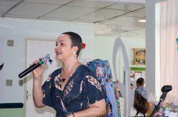"""""""Sexta Musical"""" leva solidariedade e alegria a pacientes em tratamento na FCecon"""