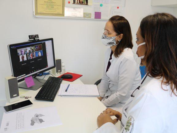 Especialistas da FCecon participam de oficina sobre uso de tecnologia no cuidado complexo